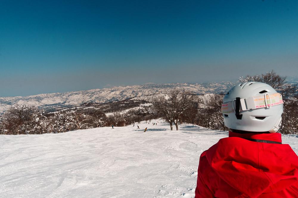 Bluebird ski day at nozawa onsen