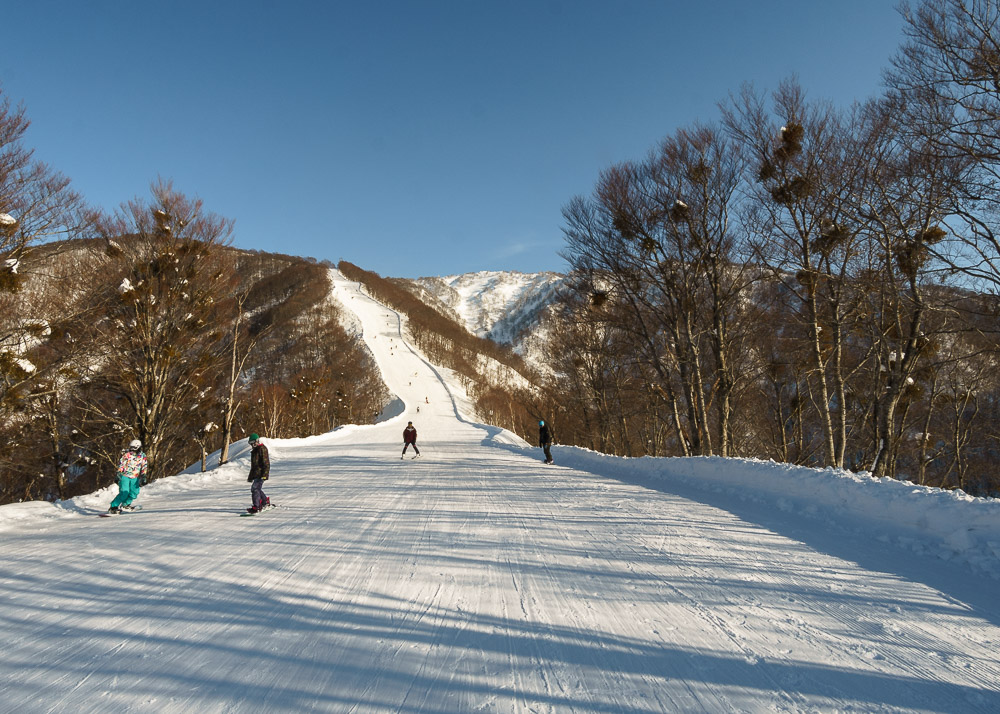 Skiing to the base at Nozawa Onsen