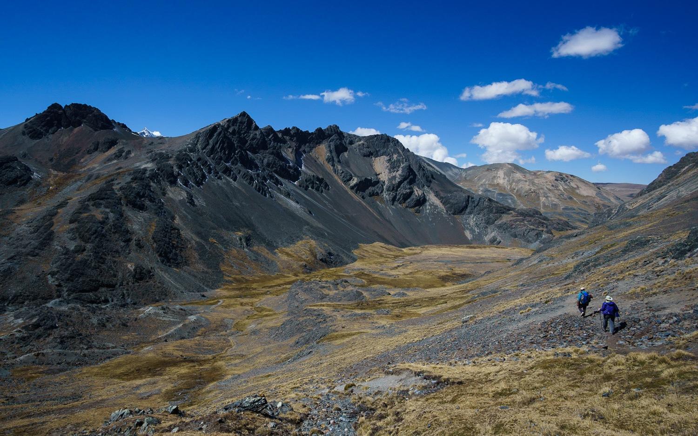 Trekking in the Cordillera Real