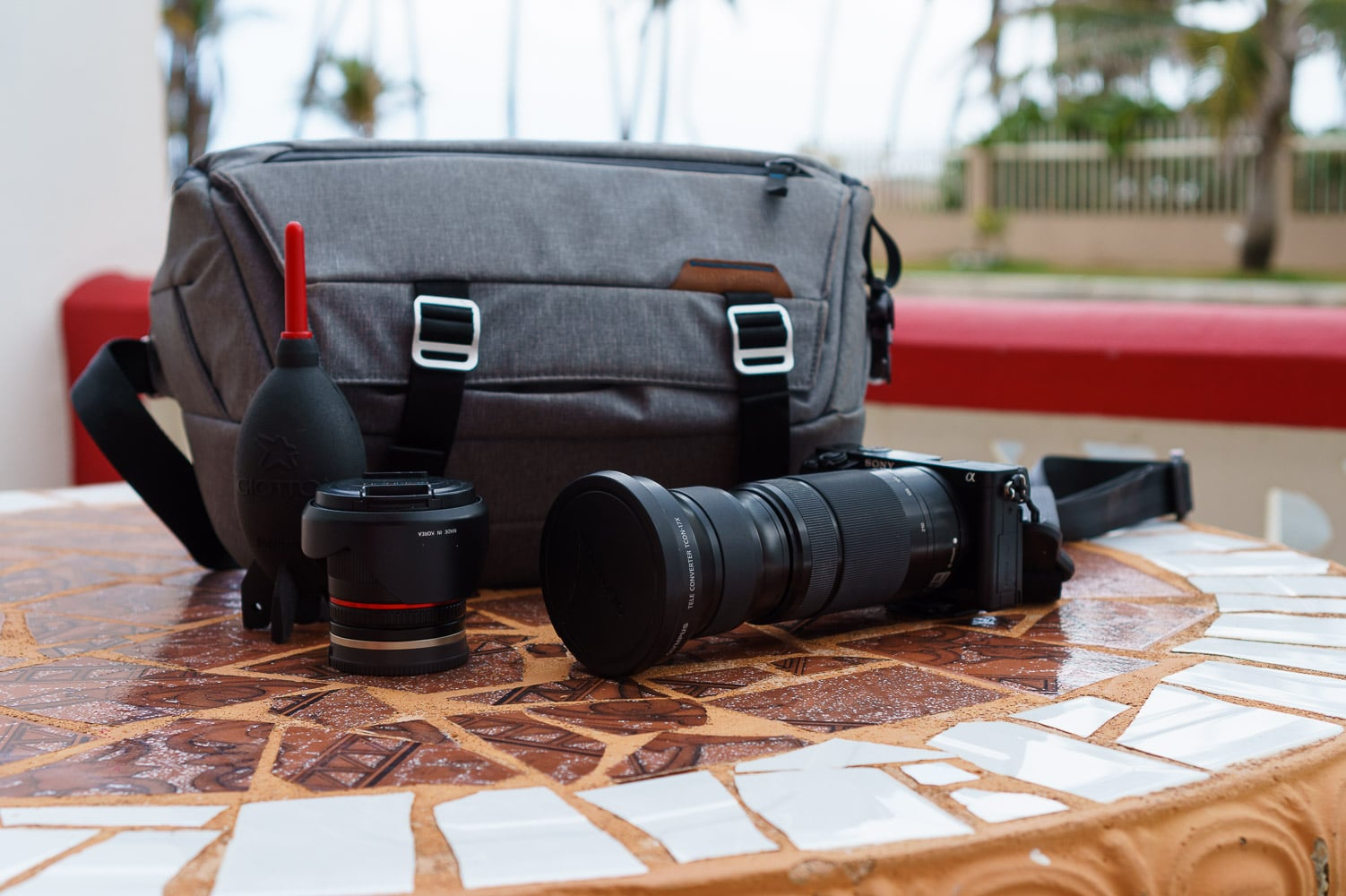 Peak Design Everyday Sling - The Best Mirrorless Camera Bag for Travel