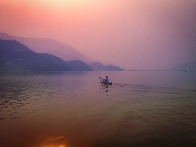 kayaking on phewa lake